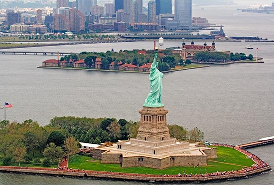 Annual Asian American And Pacific Islander Heritage Festival On - Where is the statue of liberty located